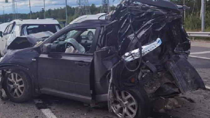 В массовом ДТП в Нижневартовске погиб человек