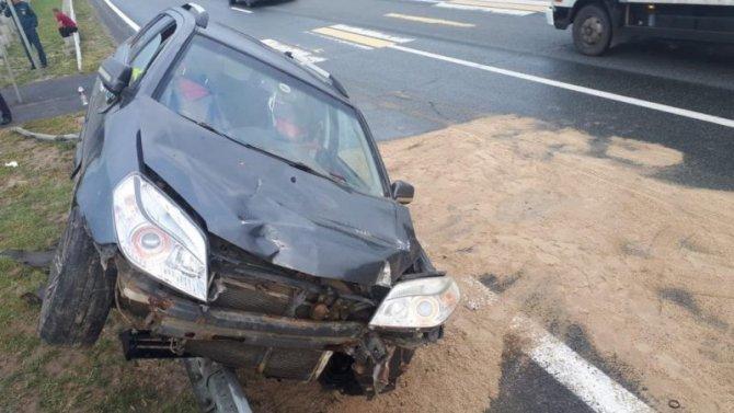 В Татарстане автомобиль сбил мать с дочкой – женщина погибла