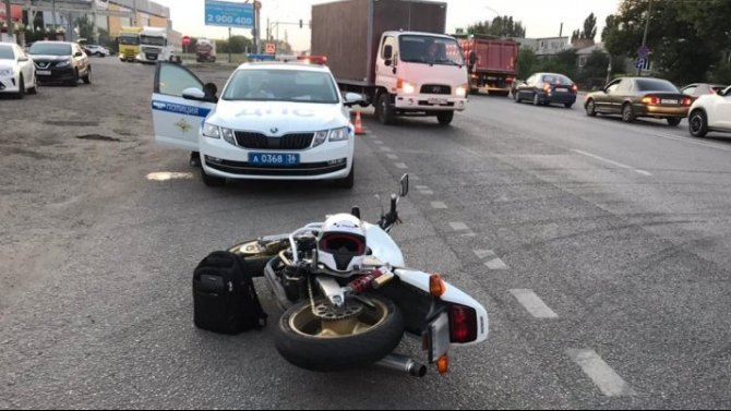 Два человека пострадали в ДТП с мотоциклом в Воронежской области