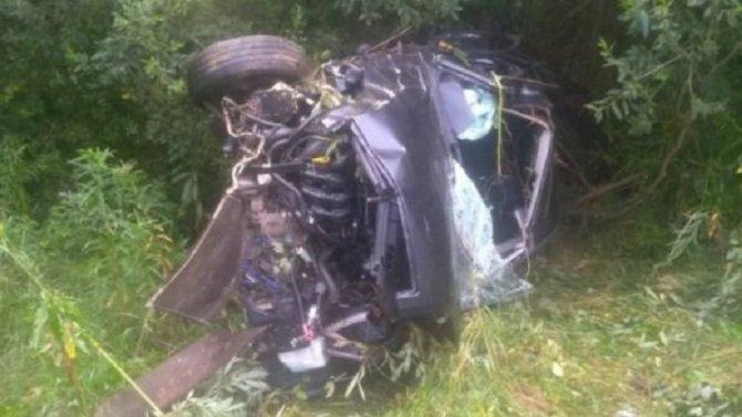 Водитель и два пассажира пострадали в ДТП в Ярославской области