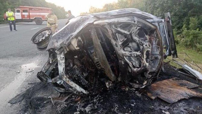 Водитель и пассажир погибли в ДТП в Кавказском районе Краснодарского края