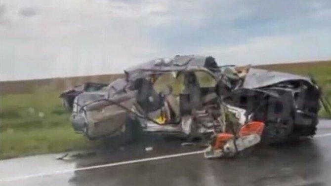 3 человека погибло вДТП вАмурской области вовремя столкновения двух автомобилей Toyota