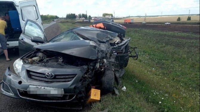 В Башкирии в ДТП с КамАЗом погиб человек