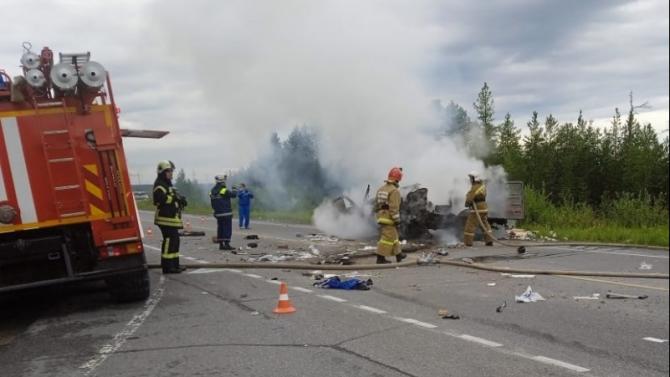 В ДТП с мусоровозом в Сургутском районе погиб водитель УАЗа