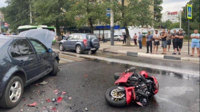 В ДТП в Воронеже погиб мотоциклист