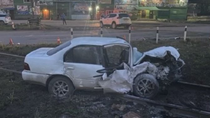 В Усть-Куте водитель, уходя от погони, погиб в ДТП