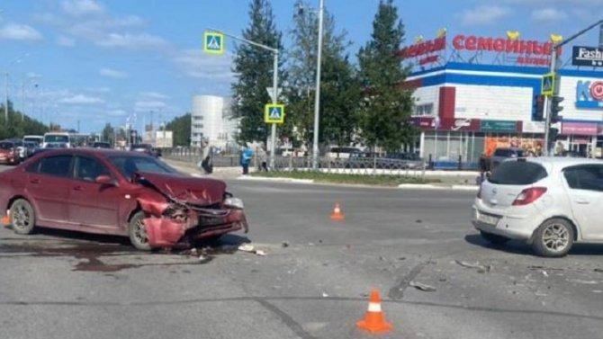 Четыре человека пострадали в ДТП в Нижневартовске