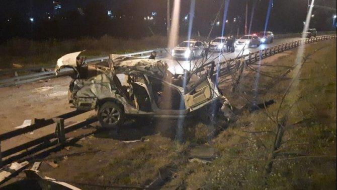 Два человека погибли в ДТП с «Лексусом» в Новосибирске
