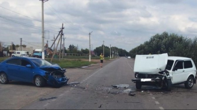 Три человека пострадали в ДТП в Воронежской области