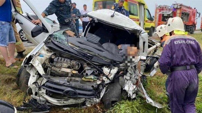 Два человека погибли в ДТП под Анапой