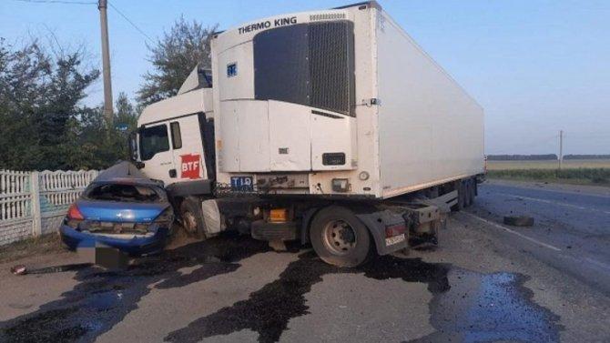 Два человека погибли в ДТП с грузовиком в Туймазинском районе Башкирии
