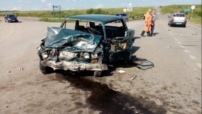 В ДТП под Ужуром в Красноярском крае погиб водитель
