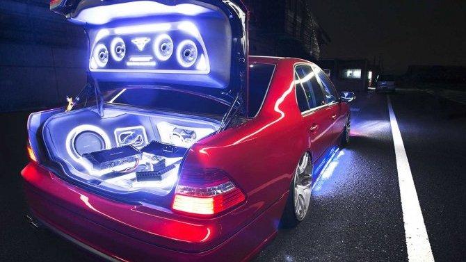 Российских автовладельцев начали штрафовать занесогласованную замену аудиосистемы вмашине