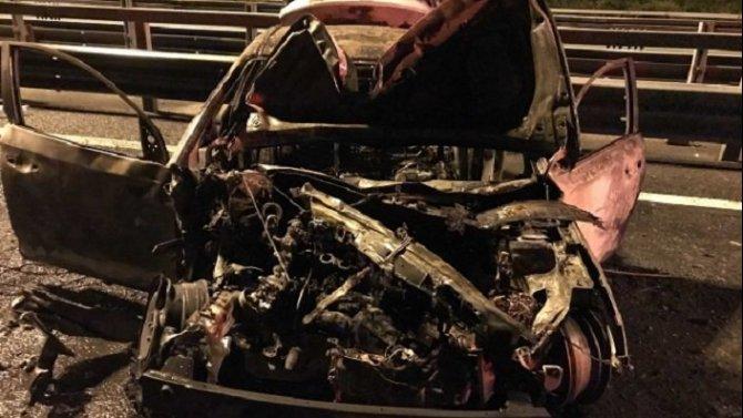 В «огненном» ДТП на КАД погибла пассажирка такси