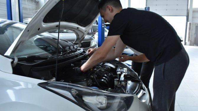 80% опрошенных автовладельцев при подготовке личного транспорта к осеннему сезону обращаются к профессионалам