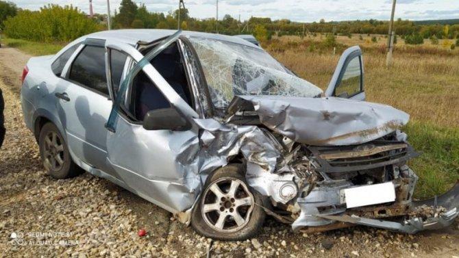 Водитель «Лады» погиб в ДТП в Оричевском районе Кировской области