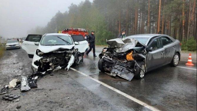 Водитель KIA погиб в ДТП под Тюменью