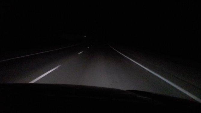 ВБелгородской области Nissan насмерть сбил идущего потёмной трассе мужчину