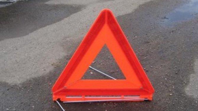 Женщина погибла при опрокидывании машины в Волгоградской области