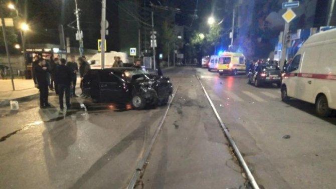 В ДТП в Саратове пострадали пять человек