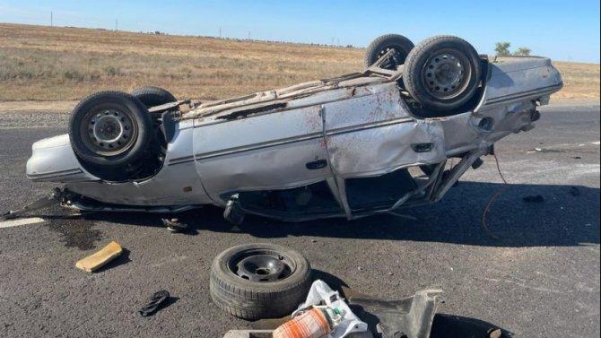 Два человека погибли в ДТП в Астраханской области