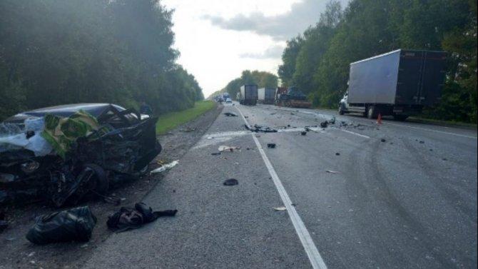 В ДТП с грузовиком в Шиловском районе погиб человек