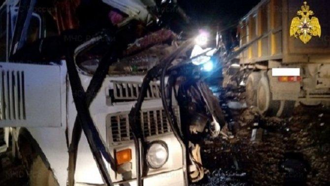 Три человека погибли в ДТП с автобусом в Калужской области
