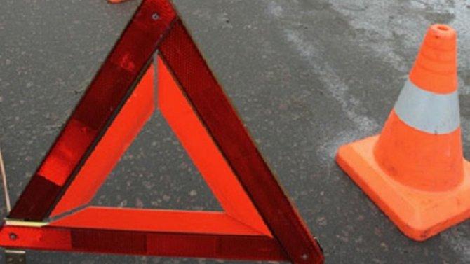Водитель BMW погиб при опрокидывании машины в Свердловской области
