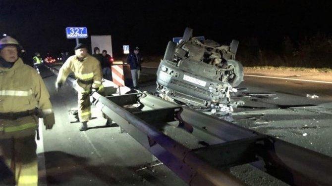 ВоВладимирской области столкнулись микроавтобус игрузовик, 4 человека погибло