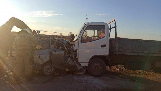 Водитель без прав устроил ДТП с тремя погибшими в Самарской области
