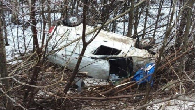 В Межевском районе при опрокидывании автомобиля погиб водитель