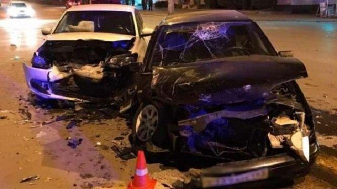 Три человека пострадали в ДТП в Камышине Волгоградской области
