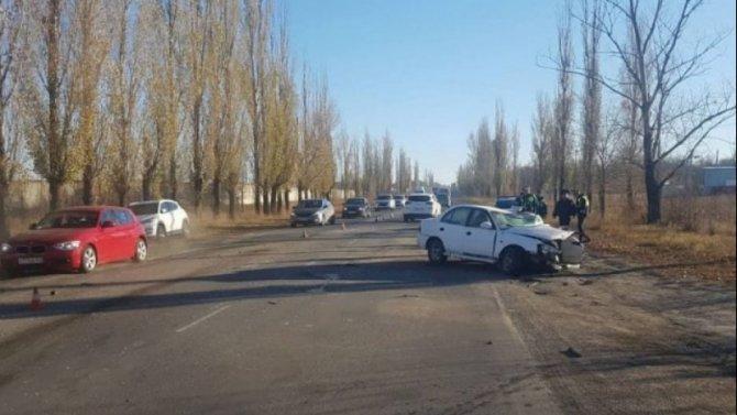 В ДТП с КамАЗом под Ростовом пострадал человек