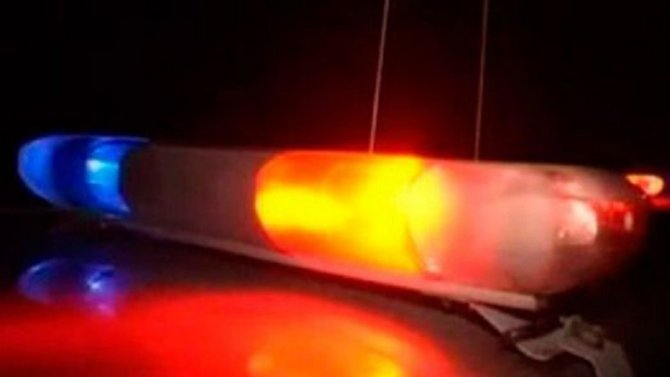 В Москве 16-летний водитель мопеда ударился головой о шлагбаум и умер