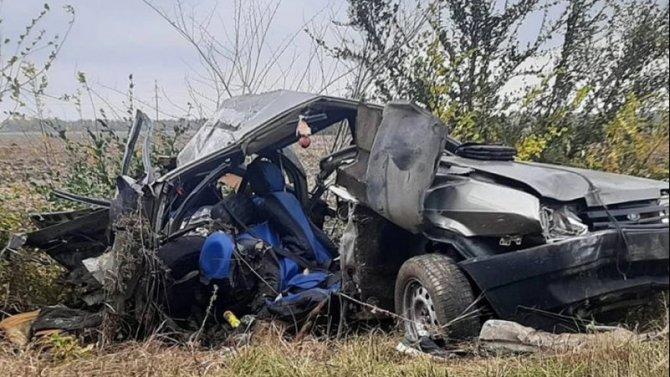 Женщина потеряла троих сыновей в ДТП в Ростовской области