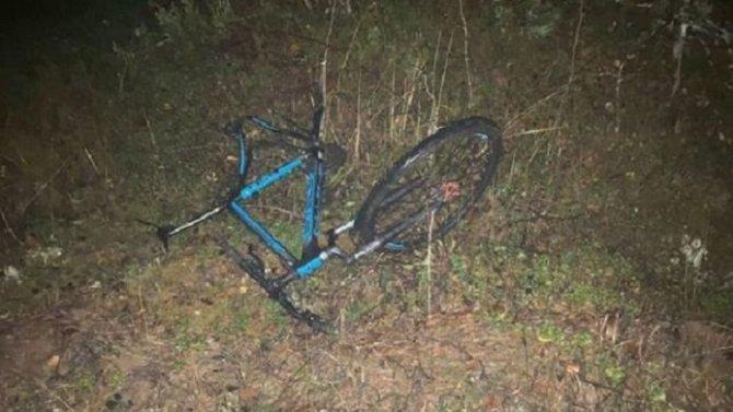 В Тверской области водитель автомобиля насмерть сбил велосипедиста и скрылся